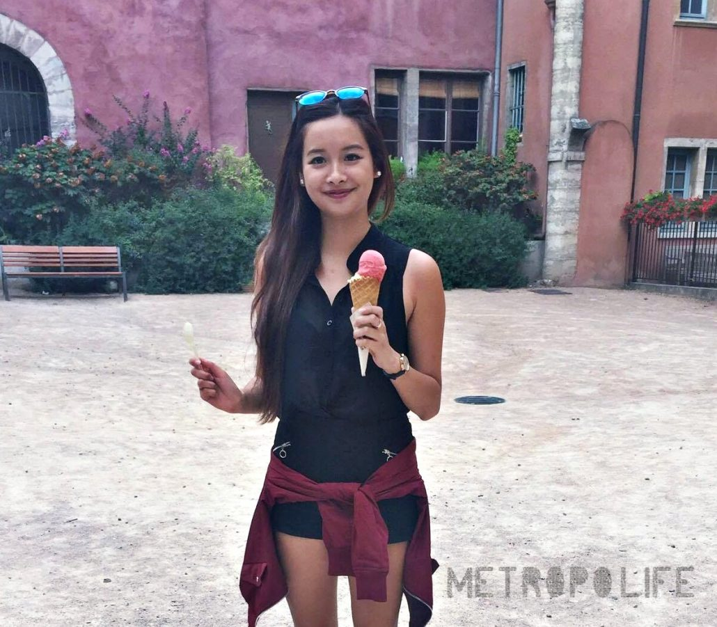 This post is not sponsored by La Fabrique Givrée., I just happen to love them more than anything I ever experienced. I didn't know what real ice-cream was before I went there :D Look at my happy face!